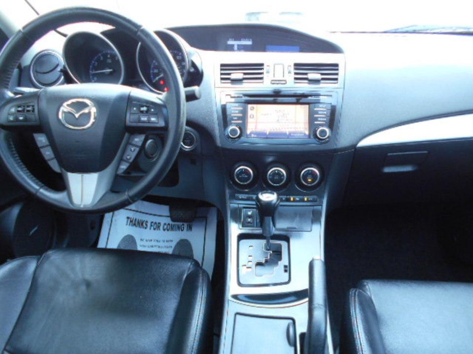 2013 Mazda Mazda3  - Corona Motors