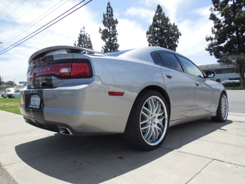 2013 Dodge Charger  - Corona Motors