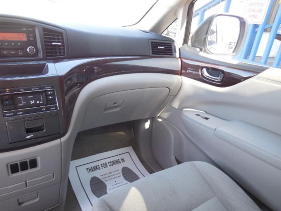 2014 Nissan Quest  - Corona Motors
