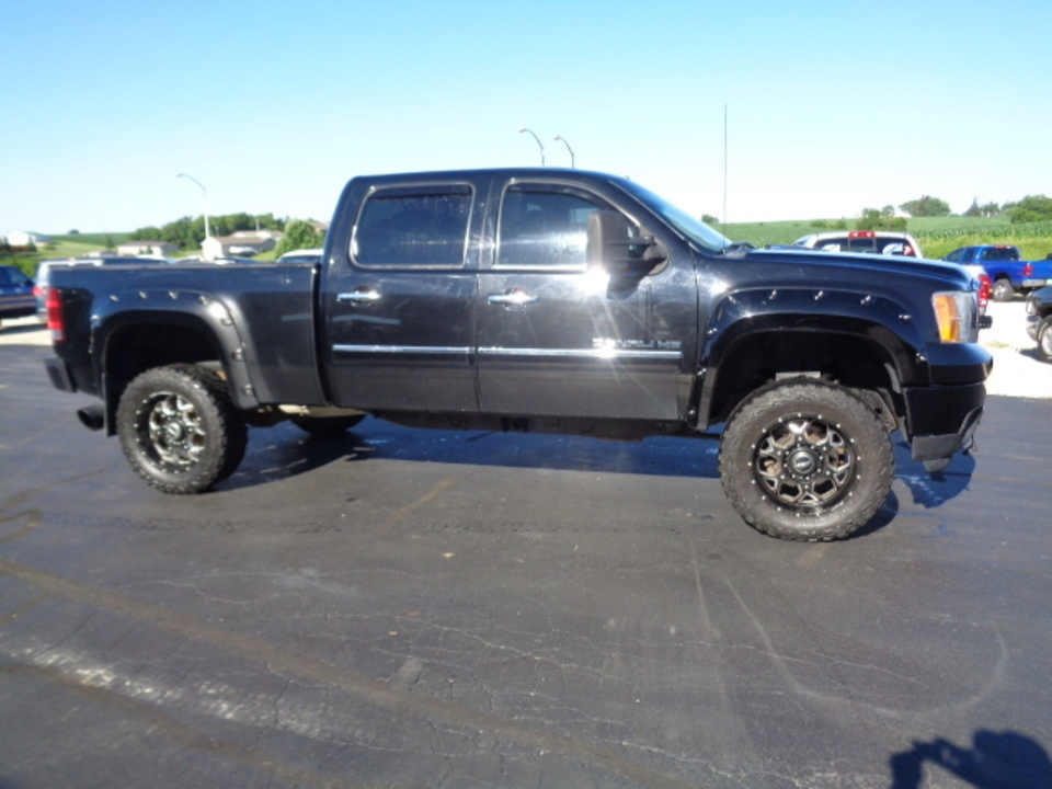 2011 GMC Sierra 2500  - West Side Auto Sales