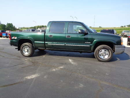 2004 Chevrolet Silverado 2500 Crew Cab LT 4x4 for Sale  - 555  - West Side Auto Sales