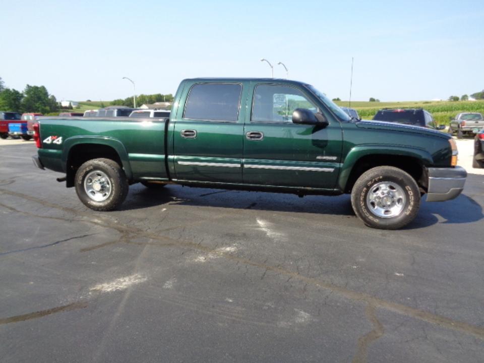 2004 Chevrolet Silverado 2500  - West Side Auto Sales