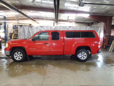 2007 GMC Sierra 1500 Extended Cab SLE 4x4 for Sale  - 424  - West Side Auto Sales