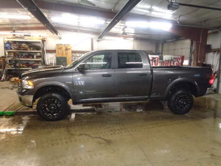 2017 Ram 1500 Crew Cab SLT 4x4 for Sale  - 578  - West Side Auto Sales