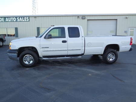 2004 Chevrolet Silverado 2500 HD Extended Cab LS 4x4 for Sale  - 589  - West Side Auto Sales