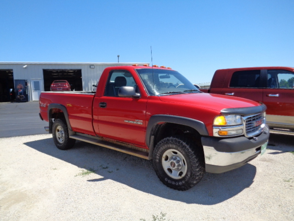 2002 GMC Sierra 2500  - West Side Auto Sales