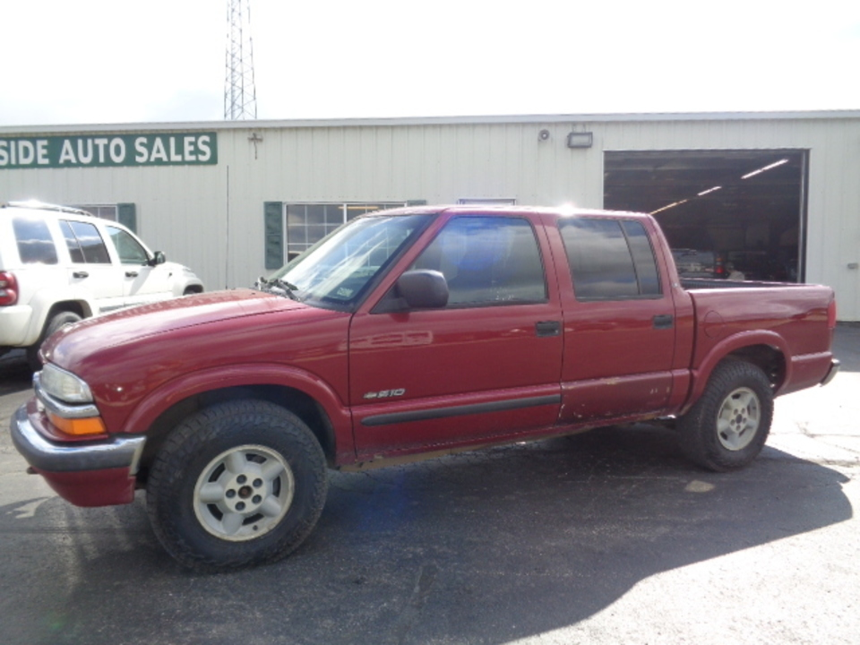 2002 Chevrolet S10 Crew Cab LS 4x4  - 694  - West Side Auto Sales