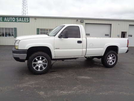 2005 Chevrolet Silverado 2500 HD Regular Cab Diesel 4x4 for Sale  - 711  - West Side Auto Sales