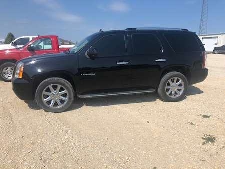 2007 GMC Yukon Denali 4x4 for Sale  - 775  - West Side Auto Sales