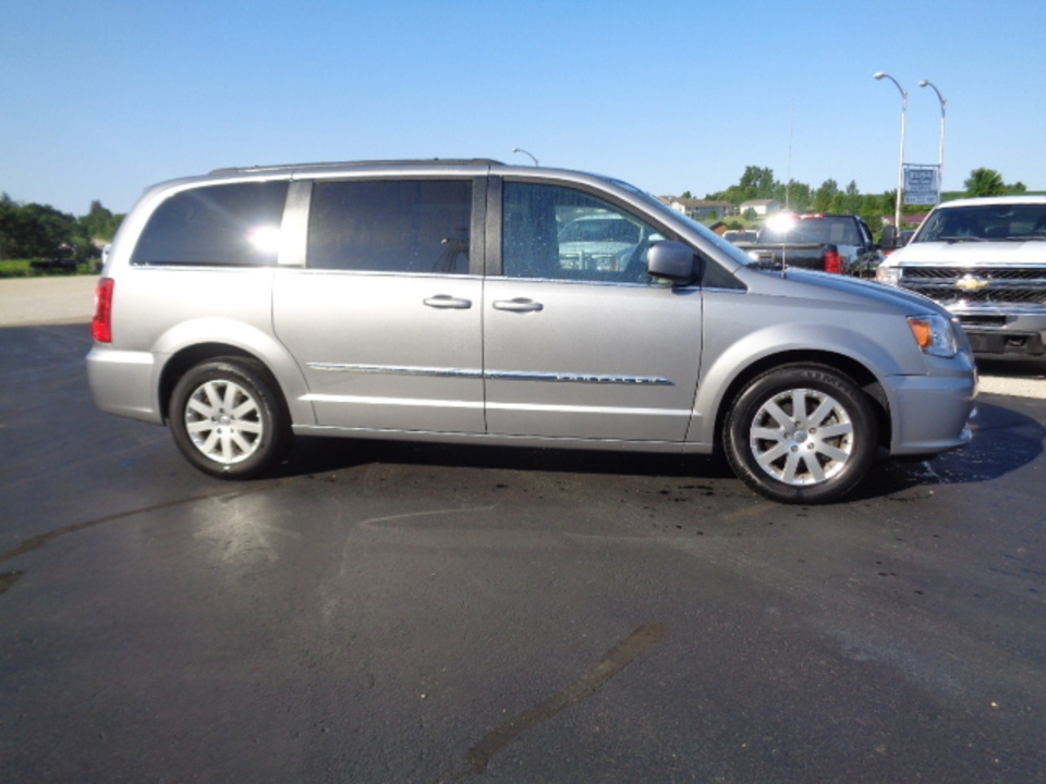 2016 Chrysler Town & Country  - West Side Auto Sales