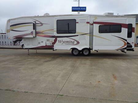 2007 Coachmen Wyoming 5th Wheel, 4 Slide Outs for Sale  - 1629  - Auto Drive Inc.