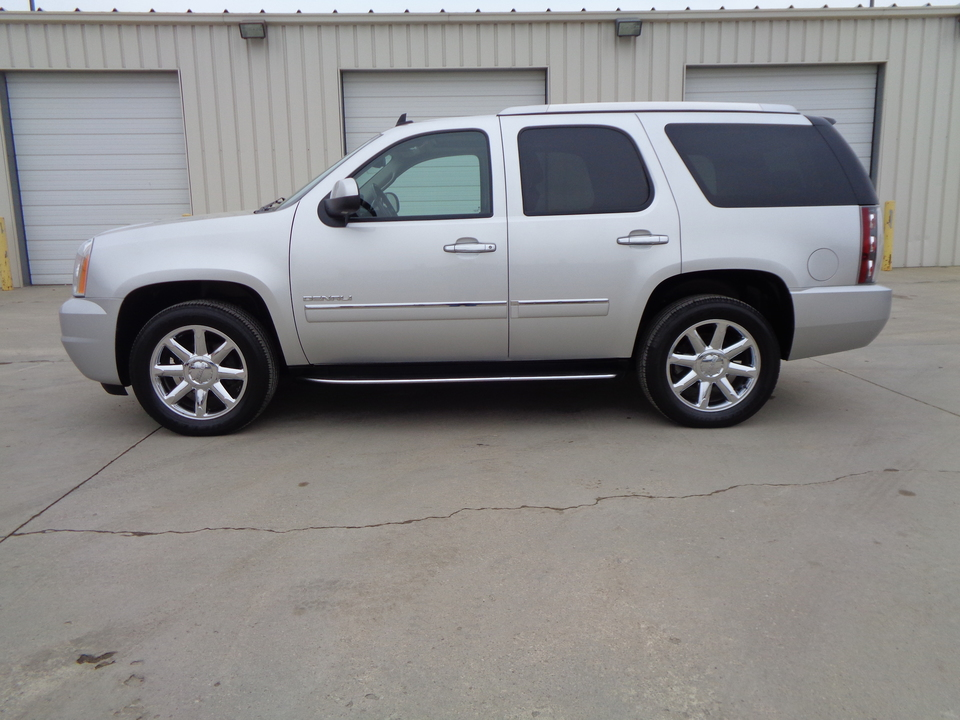 2011 GMC Yukon Denali Black leather, Navigation, Rear Entertainment  - 8029  - Auto Drive Inc.