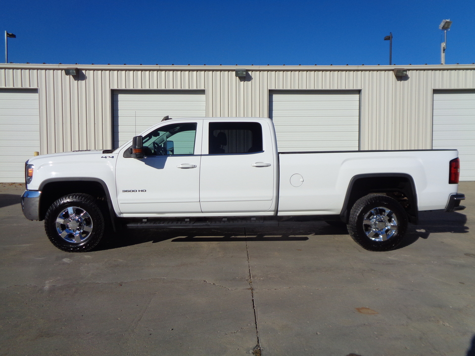2015 GMC Sierra 3500 GMC / Chevy 6.6 Duramax Diesel 8 ft Long box 4x4  - 6189  - Auto Drive Inc.