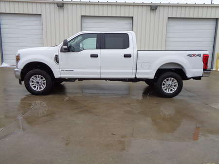 2019 Ford F-250 Super Duty Crew Cab XLT 6.7 liter Diesel motor for Sale  - 6929  - Auto Drive Inc.