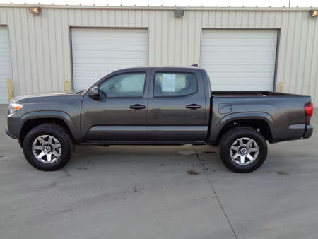 2018 Toyota Tacoma SR Double Cab 4 Wheel Drive 4x4 V6 Auto Nice! for Sale  - 2834  - Auto Drive Inc.