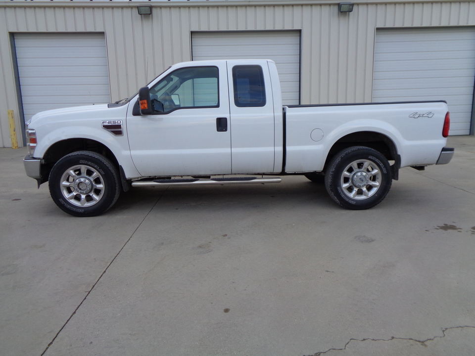 2009 Ford F-250 Extended Cab XL, Black leather  - 3075  - Auto Drive Inc.