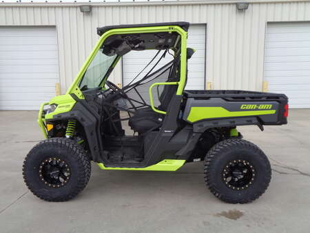 2021 Can-Am Defender Pro XT HD10 Extreme Med Racer XMR. One owner. Loaded + Extras for Sale  - 1299  - Auto Drive Inc.