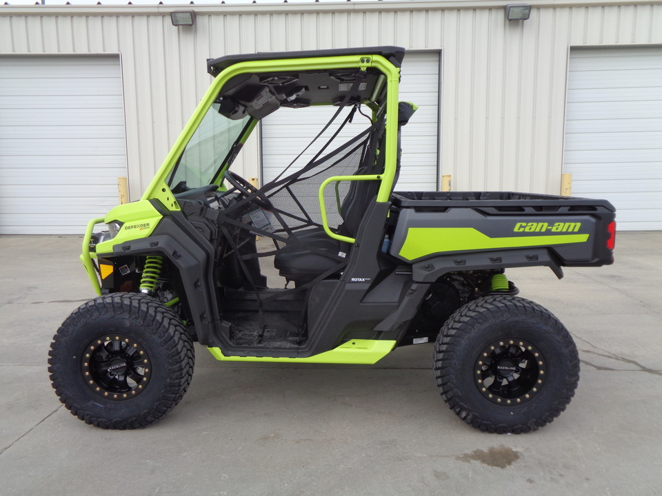 2021 Can-Am Defender Pro XT HD10 Extreme Med Racer XMR. One owner. Loaded + Extras  - 1299  - Auto Drive Inc.