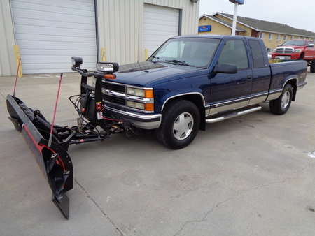 1998 Chevrolet K1500 Silverado.  Ex-Cab 4x4. Auto. Boss Snow Plow. NIce for Sale  - 2356  - Auto Drive Inc.