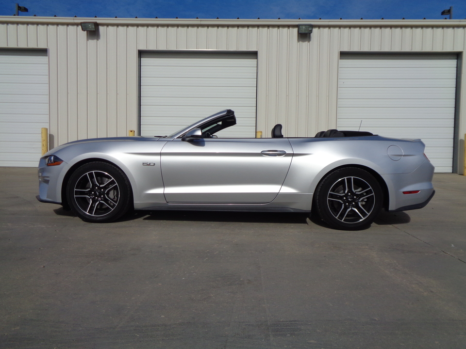 2019 Ford Mustang GT PRICE REDUCED!! Convertible, Black leather, Loaded  - 8400  - Auto Drive Inc.