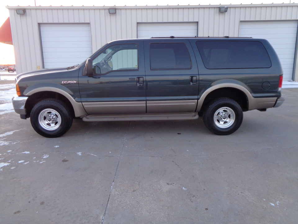 2000 Ford Excursion Limited, 4 wheel drive, Leather  - 0886  - Auto Drive Inc.