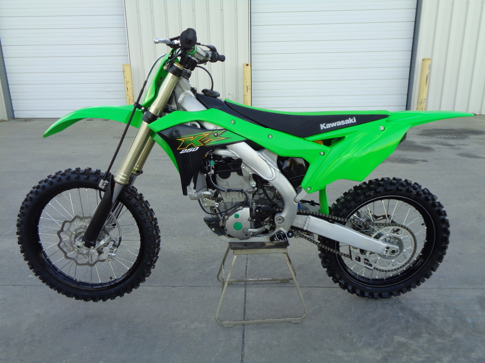 2020 Kawasaki KX One Owner. Well maintained. Ready to go!  - 2527  - Auto Drive Inc.