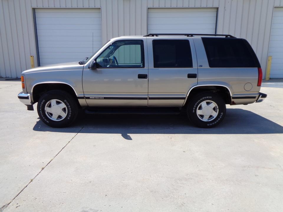 1999 GMC Yukon  - Auto Drive Inc.