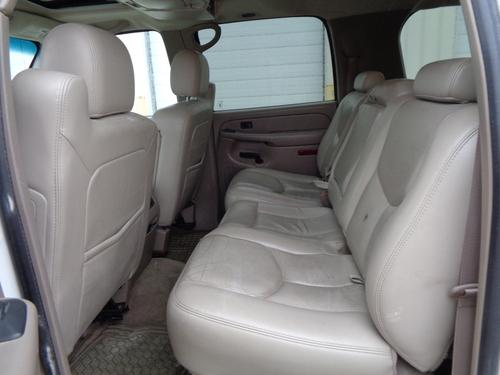 2005 Chevrolet Suburban  - Auto Drive Inc.