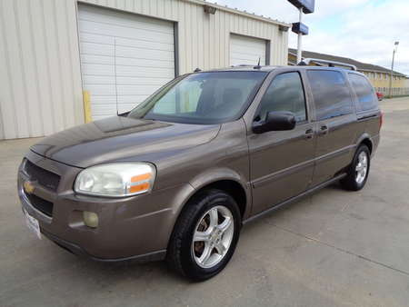 2005 Chevrolet Uplander Extended Passenger Van 3rd Row for Sale  - 1932  - Auto Drive Inc.
