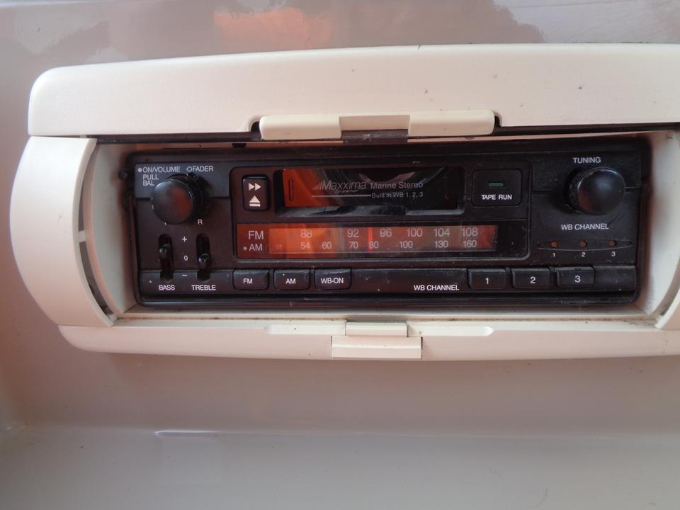 1995 Donzi 212 Medallion  - Auto Drive Inc.