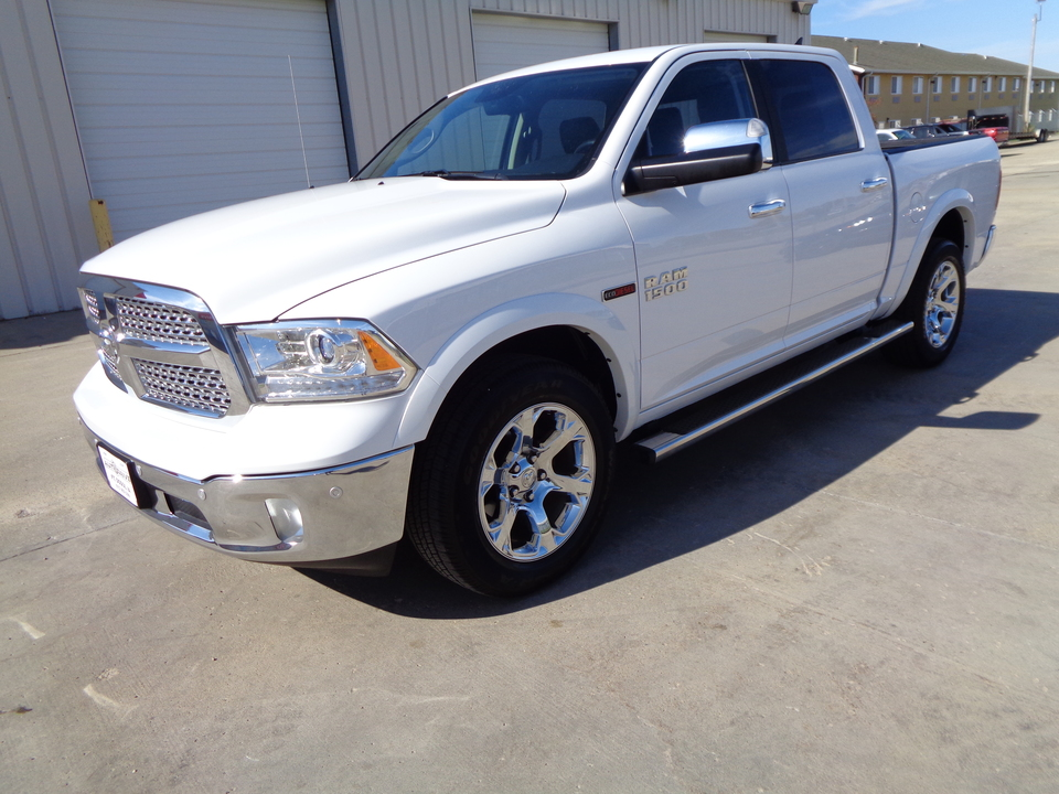 Dodge Ram 1500 Wheels And Tires Packages >> 2017 Dodge Ram 1500 Laramie Package Eco Diesel Great Fuel Mileage