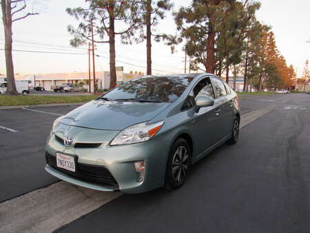 2014 Toyota Prius Three HB for Sale  - 0717  - AZ Motors