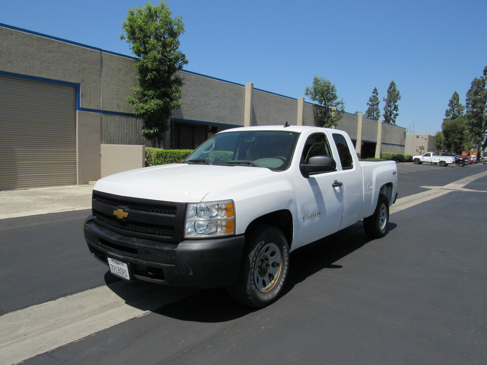 2013 Chevrolet Silverado 1500 4wd extended cab short bed Work Truck  - 2728  - AZ Motors