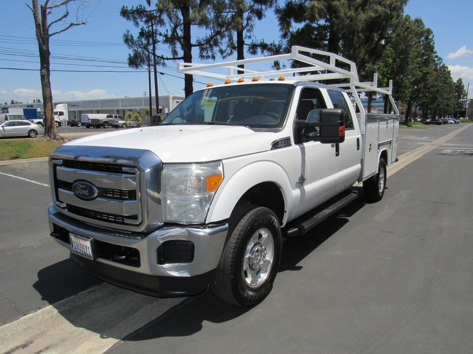 2015 Ford F-350 XLT crew cab utilithy bed/lumber rack -4wd  - 7875  - AZ Motors