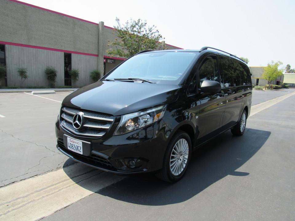 2018 Mercedes-Benz Metris Passenger Van  - AZ Motors
