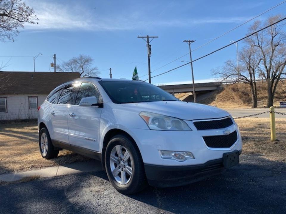 2009 Chevrolet Traverse  - Family Motors, Inc.
