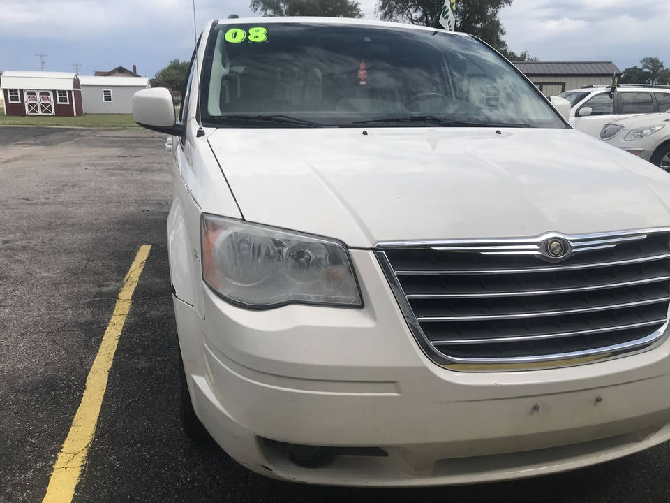2008 Chrysler Town & Country  - Family Motors, Inc.