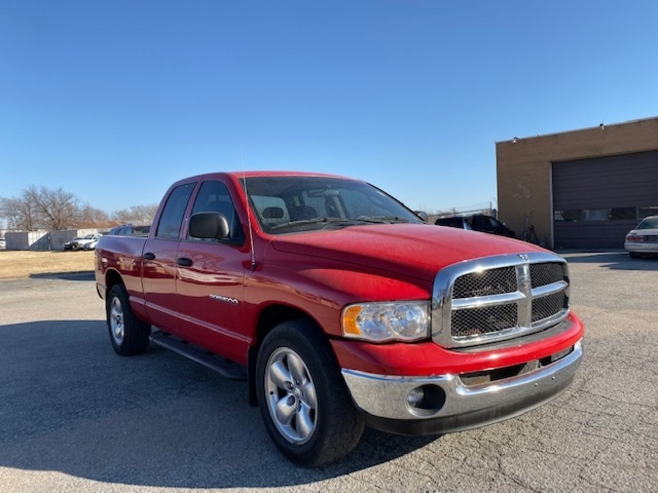 2005 Dodge Ram 1500 SLT  - 4357  - Family Motors, Inc.