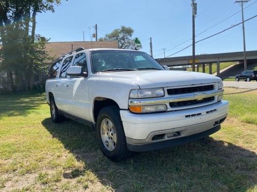 2006 Chevrolet Suburban  - Family Motors, Inc.