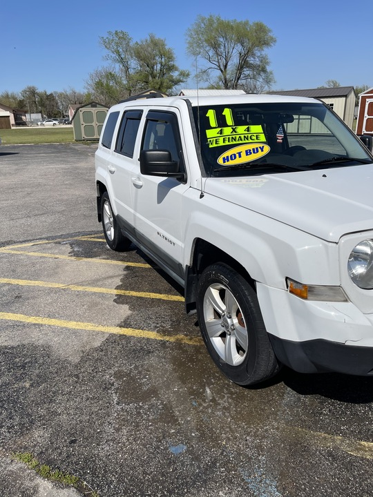 2011 Jeep Patriot Latitude  - 4396  - Family Motors, Inc.