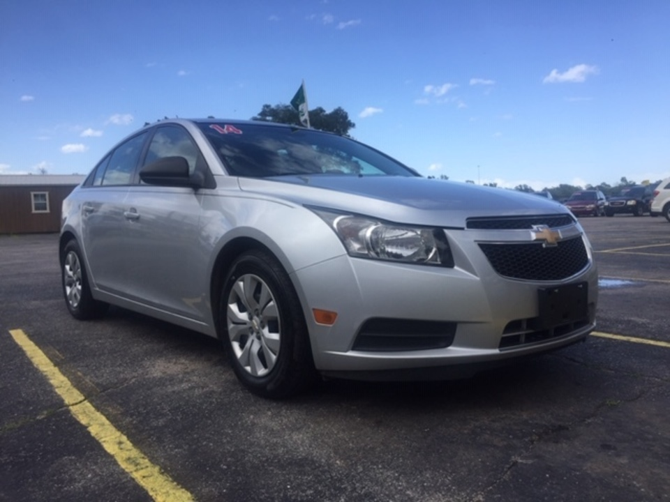 2014 Chevrolet Cruze  - Family Motors, Inc.