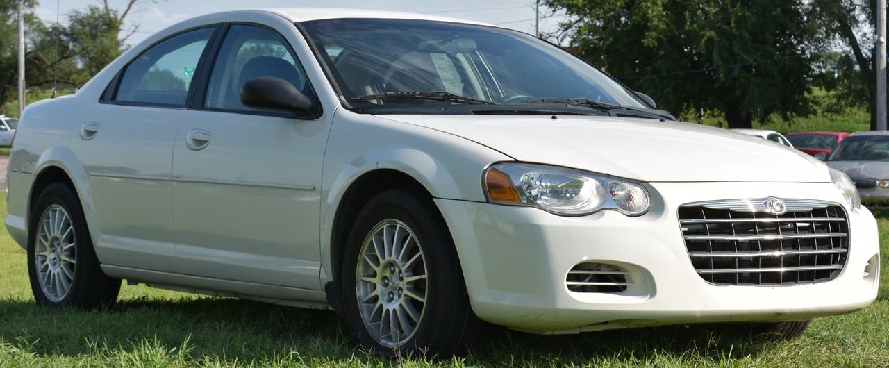 2006 Chrysler SEBRING SDN  - Family Motors, Inc.