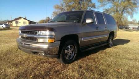 2003 Chevrolet Suburban LT for Sale  - LLL4018  - Family Motors, Inc.