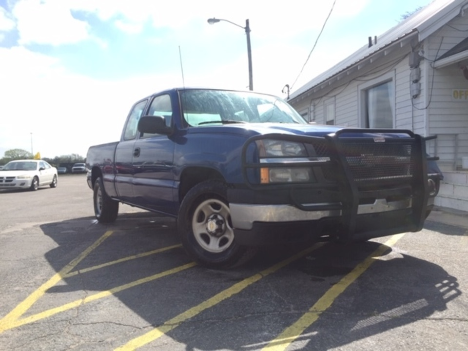 2004 Chevrolet Silverado 1500  - Family Motors, Inc.