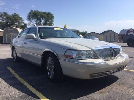 2004 Lincoln Town Car L for Sale  - 4337  - Family Motors, Inc.
