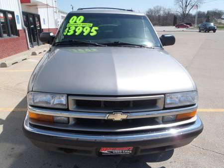 2000 Chevrolet Blazer  for Sale  - 391431  - Martinson's Used Cars, LLC