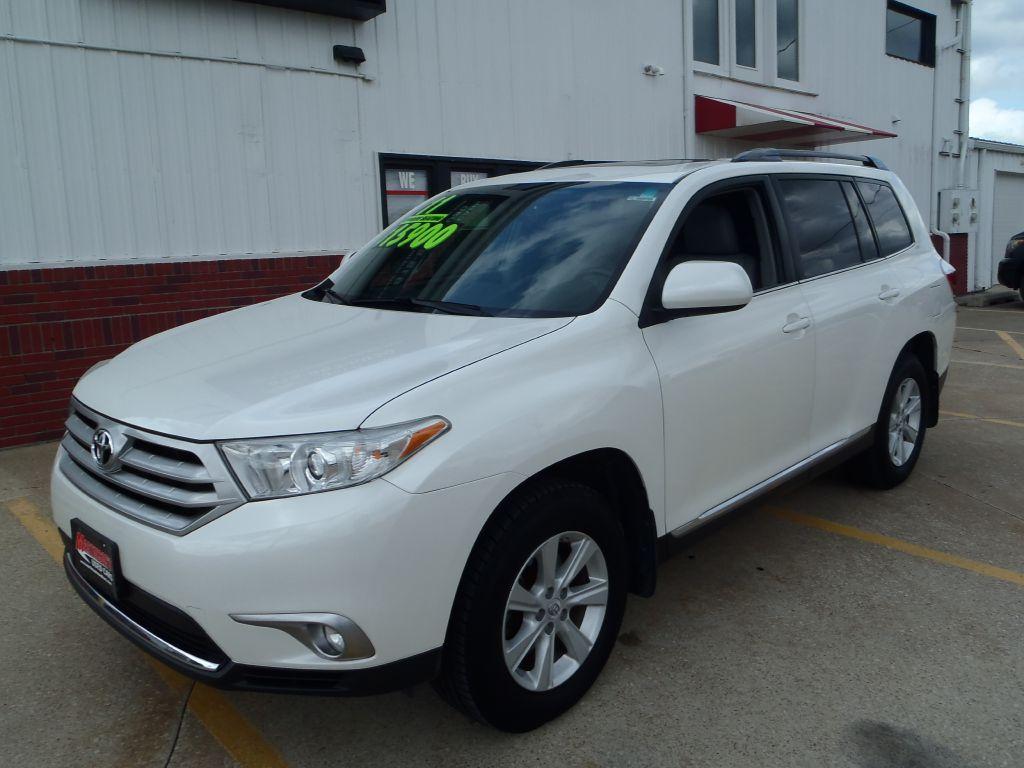 2011 Toyota Highlander  - Martinson's Used Cars, LLC