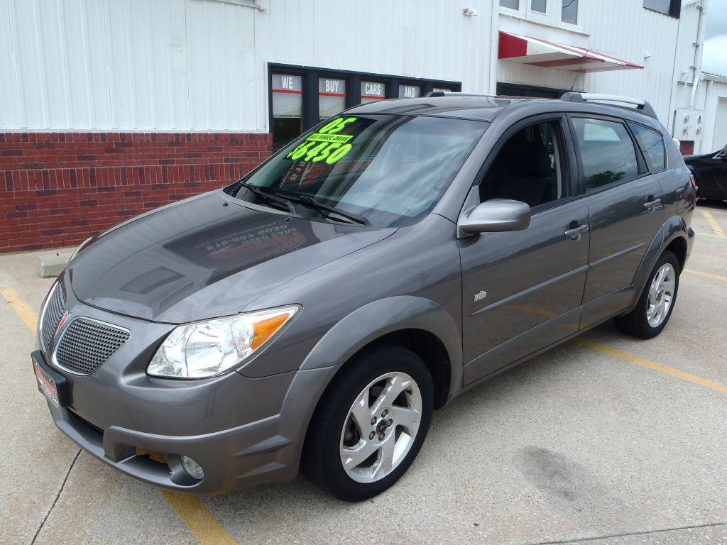 2005 Pontiac Vibe  - Martinson's Used Cars, LLC