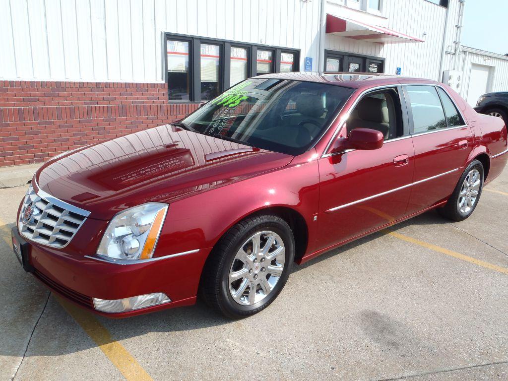 2008 Cadillac DTS  - Martinson's Used Cars, LLC
