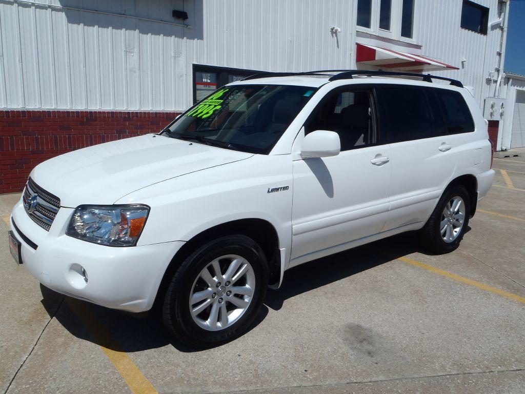 2006 Toyota Highlander  - Martinson's Used Cars, LLC